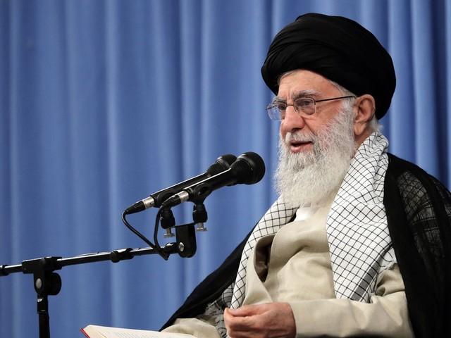 Líder supremo do Irã descarta negociar com os EUA