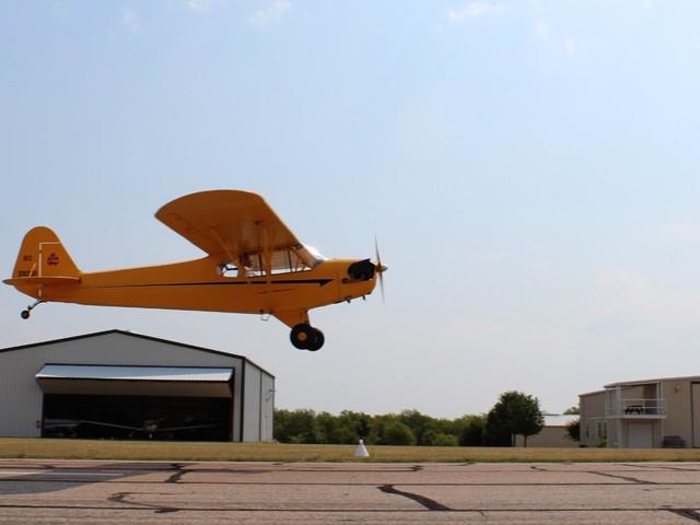 Mistério: avião decola sem piloto e cai depois de voar por mais de 2 quilômetros!