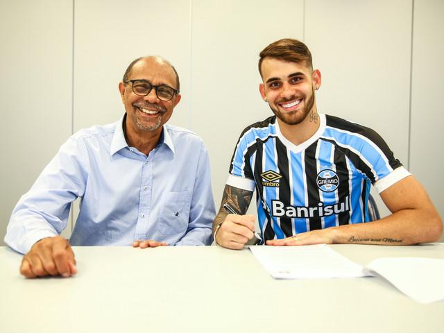 Felipe Vizeu é oficialmente anunciado pelo Grêmio