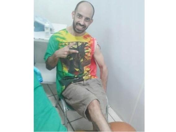 Vaquinha: morador de Alvorada que sofre com doença degenerativa precisa de uma cadeira rodas motorizada