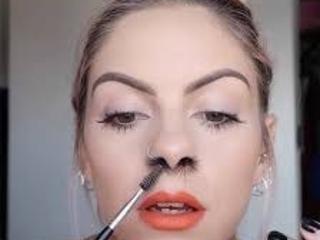 Tendências de maquiagem que não devem ser seguidas