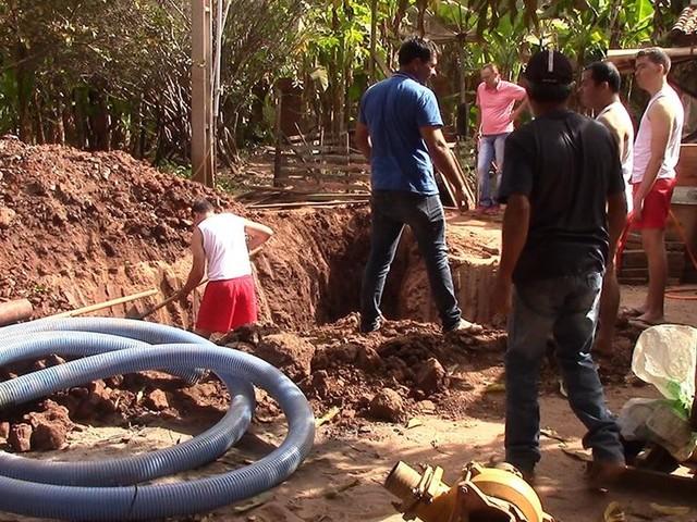 Corpo de idoso é encontrado enterrado dentro de poço em Rolim de Moura, RO