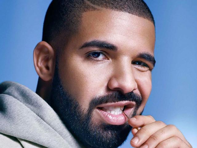"""""""Maldição"""" leva Roma a proibir seus jogadores de tirar foto com Drake"""