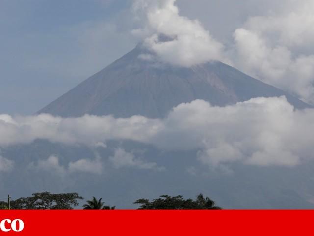 Guatemala em alerta pela entrada em erupção do vulcão mais activo da América Central