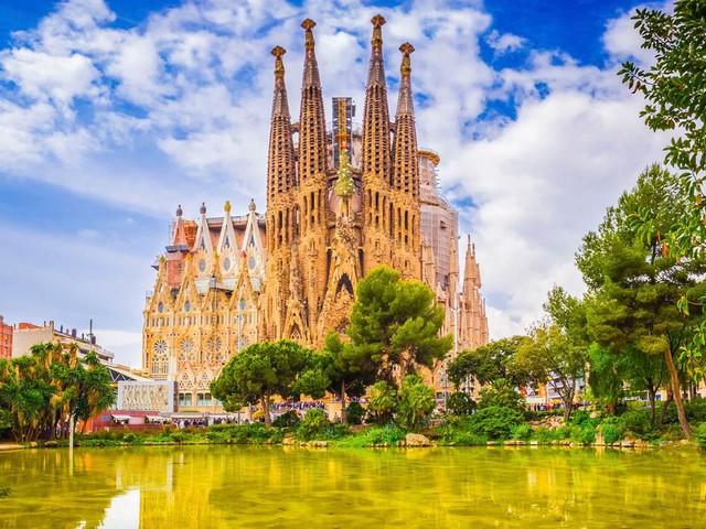Passagens aéreas para Madri ou Barcelona a partir de R$ 1.871