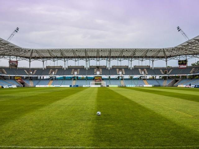 Governo de SP libera retorno da torcida às partidas de futebol