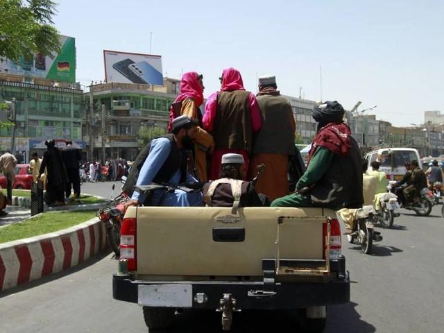 Talibã tenta retomar Cabul, capital do Afeganistão