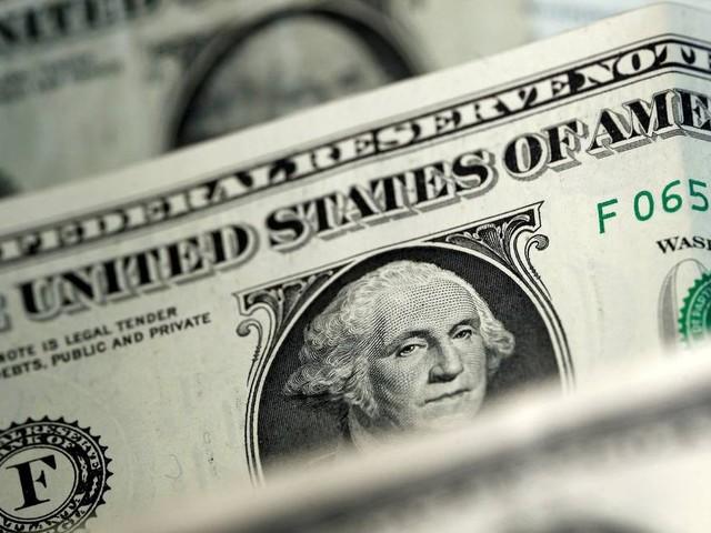 Valor do dólar turismo recua em casas de câmbio após bater R$ 3,83