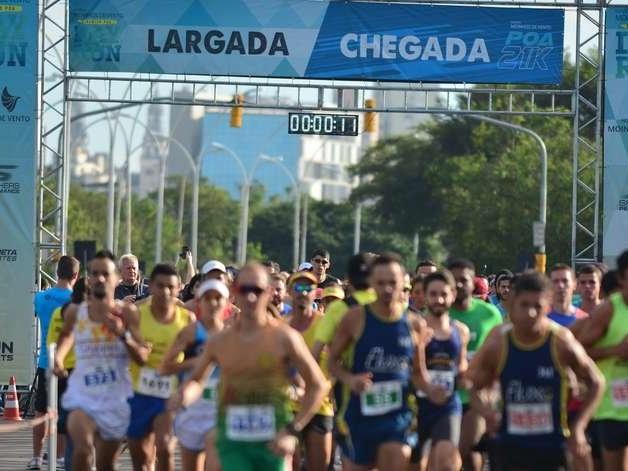 Corrida mobiliza quatro mil pessoas em Porto Alegre