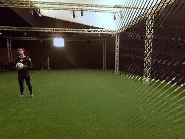 Cristiano Ronaldo aparece cheio de sensores para produção do Fifa 18; assista