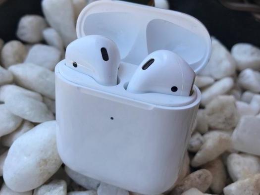 Análise | Apple AirPods 2 valem o que custam?