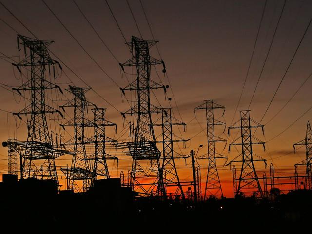 À espera de mudança de regra, mercado livre de energia perde dinâmica
