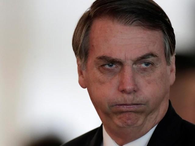 Vereadores de Dallas protestam contra Bolsonaro