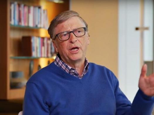 Musk reclama no Twitter porque Bill Gates comprou carro elétrico de concorrente
