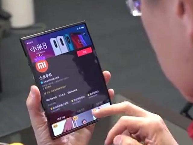 Suposto celular dobrável da Xiaomi surge em fotos reais; confira
