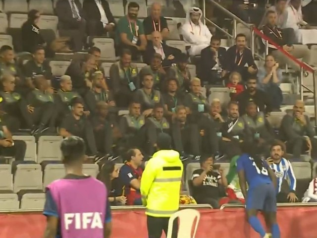 Gomis, do Al-Hilal, comemora gol em frente a Jesus: 'Ele é como um pai para mim'