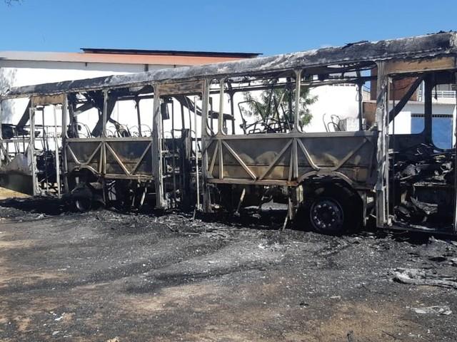 Ceará tem quarto dia seguido de incêndios a ônibus e veículos
