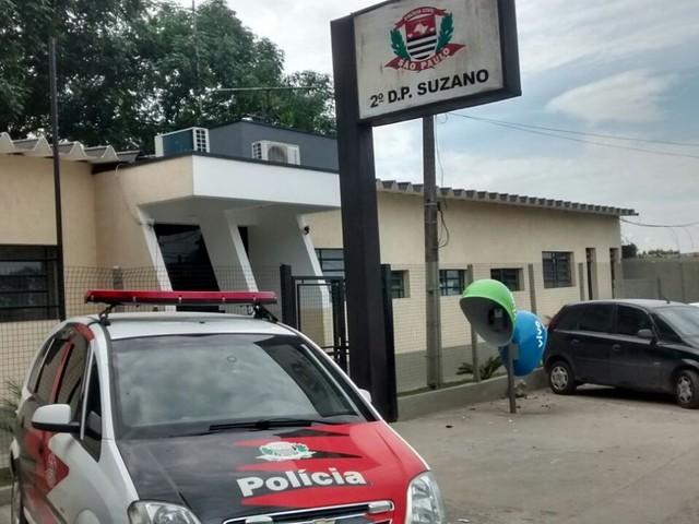 Namorada mata parceiro a facadas em Suzano; ele me agredia, diz à polícia'