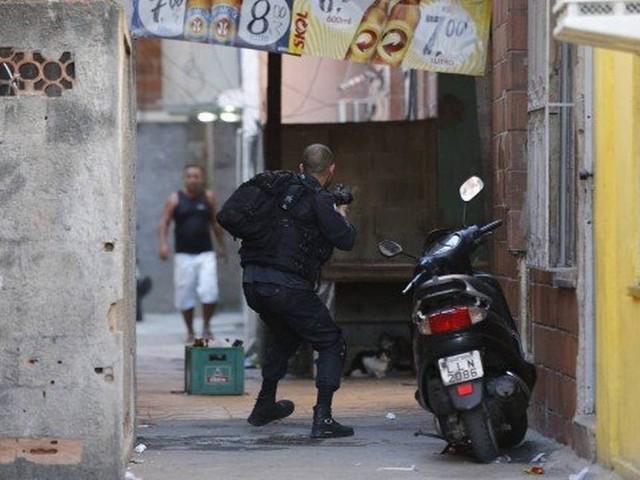 Cidade de Deus registra troca de tiros no fim da noite de domingo