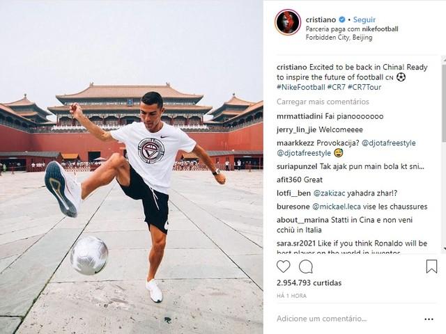 """Cristiano Ronaldo chega à China e afirma: """"Pronto para inspirar"""""""
