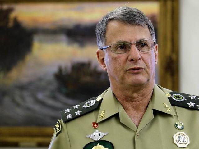 Novo comandante do Exército defende que militares fiquem fora da reforma Previdência