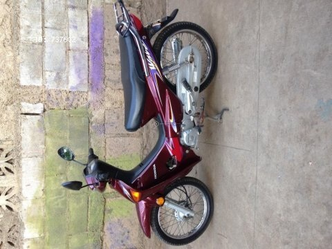 Moto Semiautomática Honda Wave