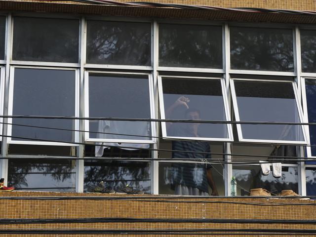 Risco de contágio na pandemia | Albergues em São Paulo deixam jovens e idosos misturados