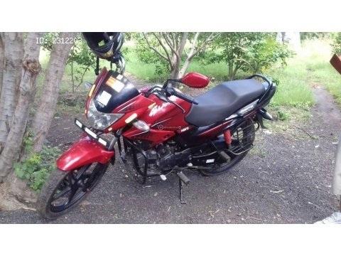 Moto pulsar 125