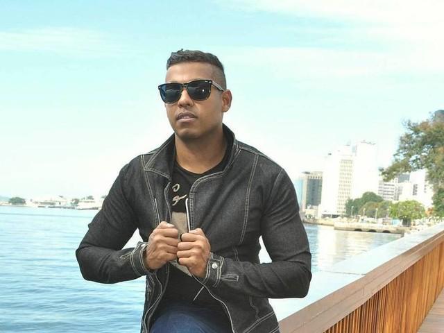 Duda Reis ganha funk do cantor MC Romy após fazer denúncia contra Nego do Borel