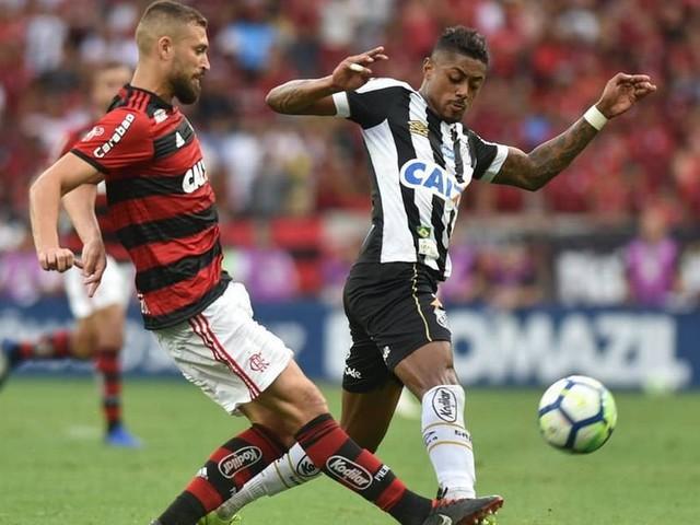 Flamengo acerta com Bruno Henrique, e Ronaldo será emprestado ao Santos