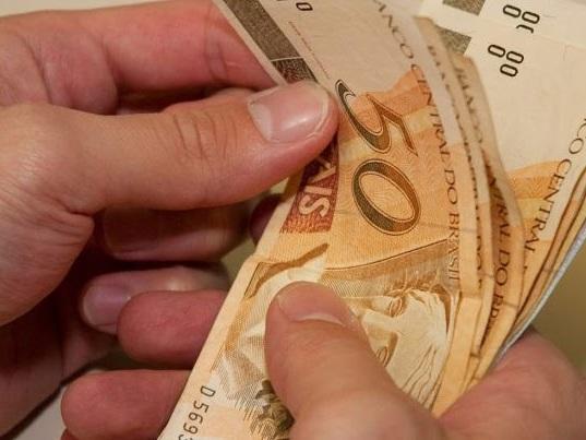 Governo vai usar aplicativo para cadastrar informais que têm direito a auxílio de R$ 600