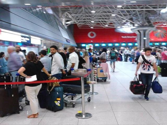 Em três meses aterraram 16 milhões de passageiros em Portugal
