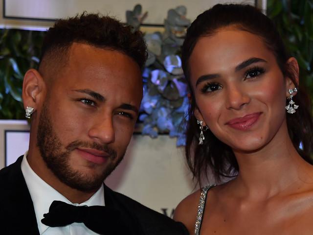 Veja fotos do leilão do Instituto Neymar Jr.