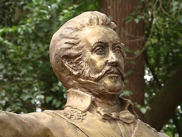 Estátua de Dom Pedro 1º é inaugurada no Parque da Independência em SP