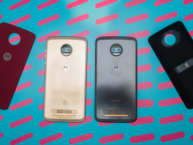 Moto Z2 Force Hands-on: Still modular and unbreakable, but a little less exciting
