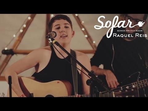 Raquel Reis lança vídeo para nova música, gravada no Sofar Sounds