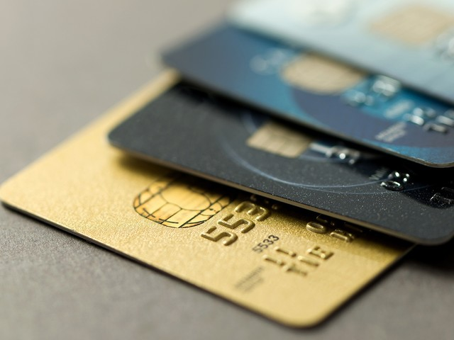 Santander oferece até 50 mil pontos bônus na aquisição de novos cartões de crédito