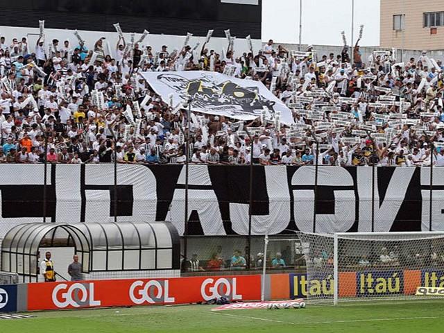 Torcedor do Corinthians é espancado por membros de organizada do Santos