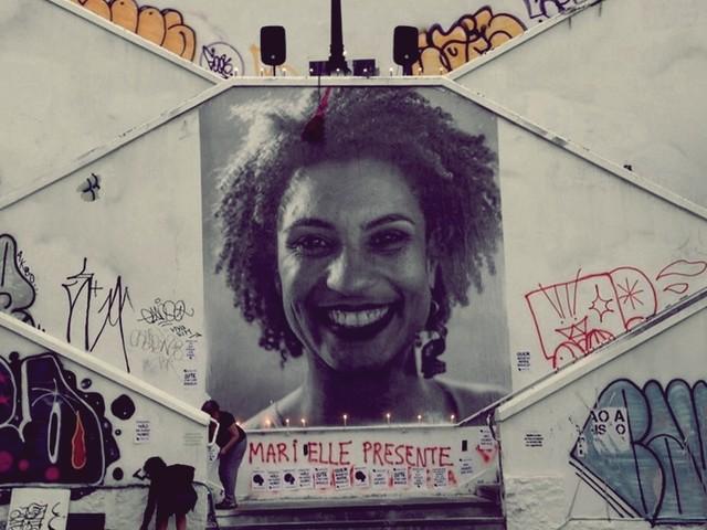 Um mês e a pergunta: Quem matou Marielle e Anderson?