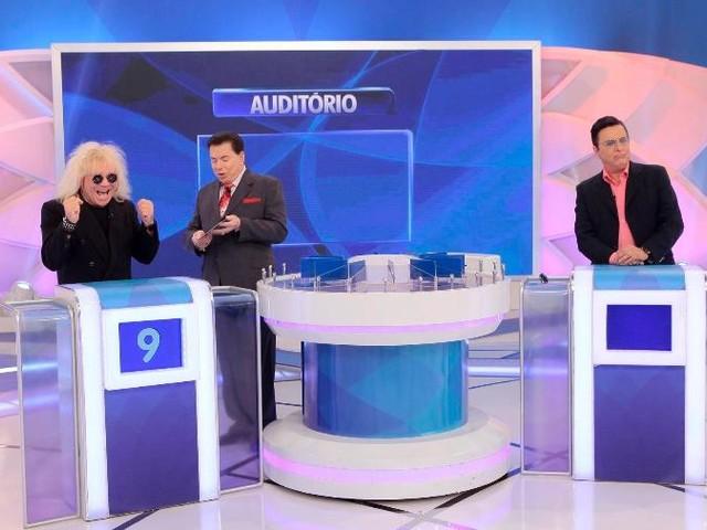 """Cantor Ovelha revela namoro escondido com Mara Maravilha no Silvio Santos e surpreende com declaração: """"Nos telefonamos sempre"""""""