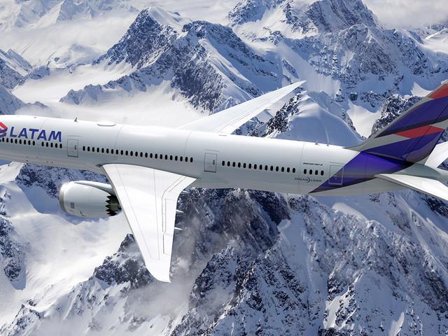 Como é voar na classe executiva da Latam de Auckland para Santiago