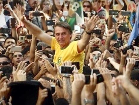 Eleitores de Jair Bolsonaro reforçam a desumanização de mulheres