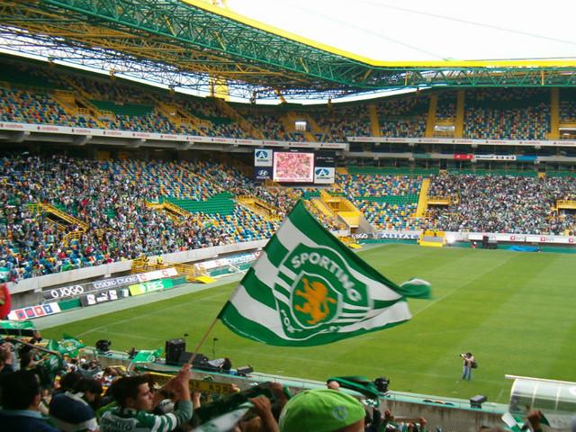 Como poupar 10 milhões de euros: Sporting CP alivia massa salarial com a saída de três jogadores