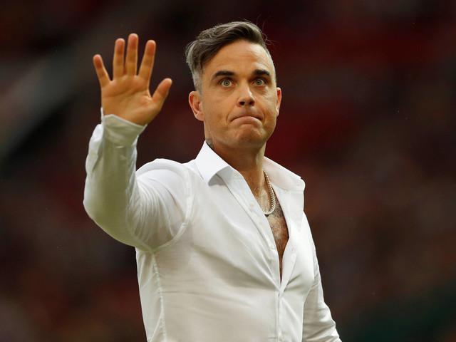 Robbie Williams diz que pediram para não cantar 'Party Like a Russian' na abertura da Copa