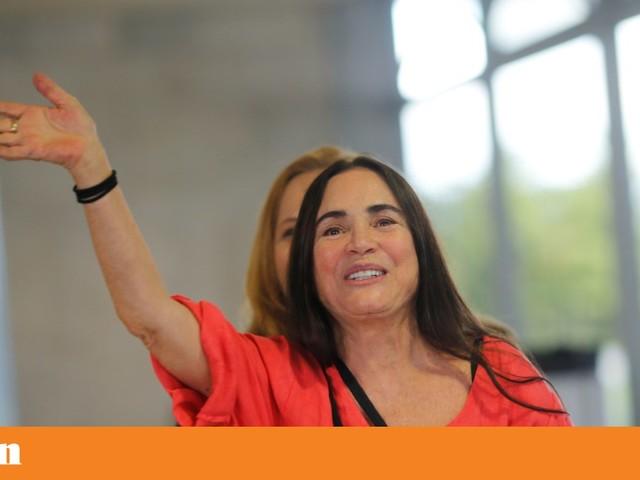Regina Duarte aceita convite de Bolsonaro para secretária da Cultura