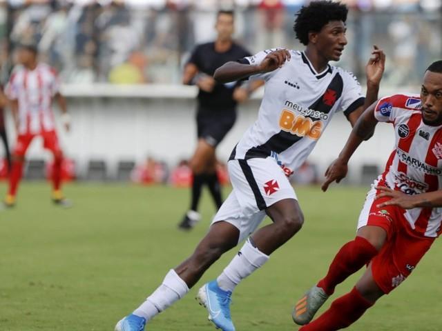 Em estreia de Cano e Abel, Vasco empata com o Bangu em São Januário: 0 a 0