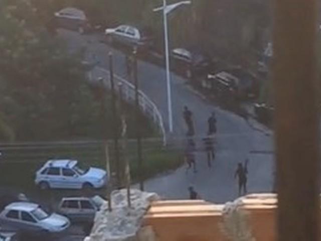 Duas crianças são baleadas em confronto entre traficantes e policiais no Complexo do Alemão