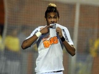 Perez promete reatar com Neymar. Quer Robinho e Gabigol. E aponta dívida de R$ 500 milhões