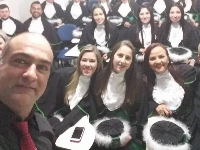 PARABÉNS AOS PROFISSIONAIS DE EDUCAÇÃO FÍSICA