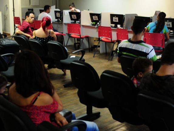 Trabalhadores com ensino fundamental sofrem mais com desemprego